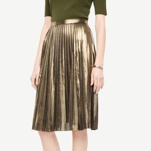 Ann Taylor Gold Pleated Midi Skirt NWT Spring 14
